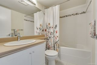 """Photo 10: 702 833 AGNES Street in New Westminster: Downtown NW Condo for sale in """"THE NEWS"""" : MLS®# R2482386"""