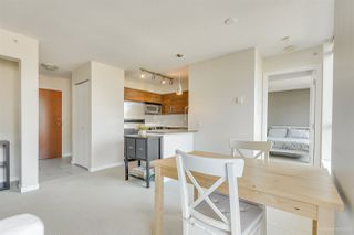 """Photo 12: 702 833 AGNES Street in New Westminster: Downtown NW Condo for sale in """"THE NEWS"""" : MLS®# R2482386"""