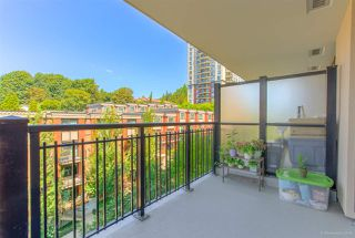 """Photo 1: 702 833 AGNES Street in New Westminster: Downtown NW Condo for sale in """"THE NEWS"""" : MLS®# R2482386"""