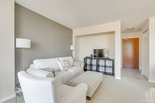 """Photo 8: 702 833 AGNES Street in New Westminster: Downtown NW Condo for sale in """"THE NEWS"""" : MLS®# R2482386"""