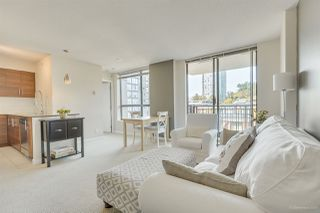 """Photo 11: 702 833 AGNES Street in New Westminster: Downtown NW Condo for sale in """"THE NEWS"""" : MLS®# R2482386"""