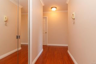 Photo 5: 302 9900 Fifth St in : Si Sidney North-East Condo for sale (Sidney)  : MLS®# 854297