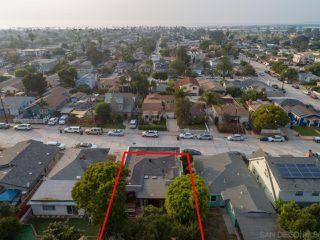 Photo 6: OCEAN BEACH House for sale : 2 bedrooms : 2245 Etiwanda St in San Diego