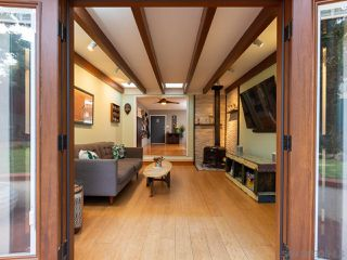 Photo 10: OCEAN BEACH House for sale : 2 bedrooms : 2245 Etiwanda St in San Diego
