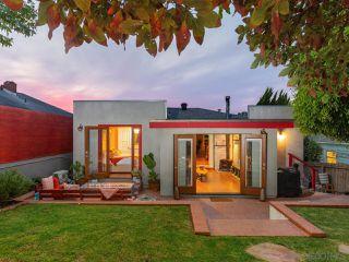 Photo 2: OCEAN BEACH House for sale : 2 bedrooms : 2245 Etiwanda St in San Diego