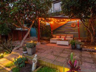 Photo 4: OCEAN BEACH House for sale : 2 bedrooms : 2245 Etiwanda St in San Diego