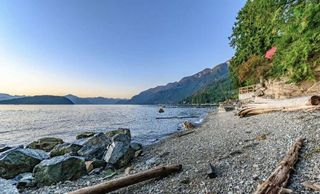 Photo 4: 8555 LAWRENCE Way in West Vancouver: Howe Sound House for sale : MLS®# R2517491