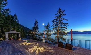 Photo 2: 8555 LAWRENCE Way in West Vancouver: Howe Sound House for sale : MLS®# R2517491
