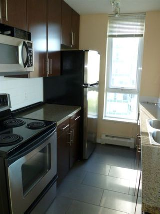 "Photo 4: 1209 688 ABBOTT Street in Vancouver: Downtown VW Condo for sale in ""Firenze II"" (Vancouver West)  : MLS®# R2519088"