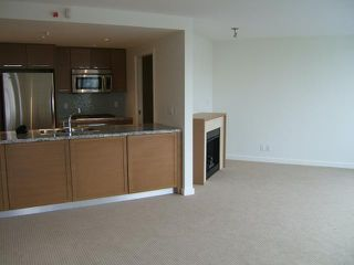 """Photo 3: 1707 918 COOPERAGE Way in Vancouver: False Creek North Condo for sale in """"MARINER"""" (Vancouver West)  : MLS®# V792475"""