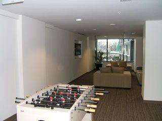 """Photo 7: 1707 918 COOPERAGE Way in Vancouver: False Creek North Condo for sale in """"MARINER"""" (Vancouver West)  : MLS®# V792475"""