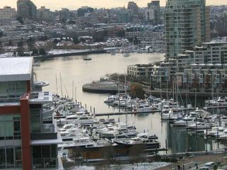 """Photo 1: 1707 918 COOPERAGE Way in Vancouver: False Creek North Condo for sale in """"MARINER"""" (Vancouver West)  : MLS®# V792475"""