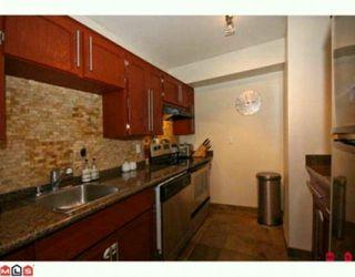 Photo 3: 108 1354 WINTER Street: White Rock Condo for sale (South Surrey White Rock)  : MLS®# F1000999
