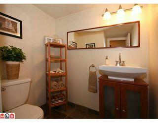 Photo 8: 108 1354 WINTER Street: White Rock Condo for sale (South Surrey White Rock)  : MLS®# F1000999