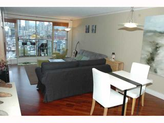 "Photo 3: 543 1515 W 2ND Avenue in Vancouver: False Creek Condo for sale in ""ISLAND COVE"" (Vancouver West)  : MLS®# V817567"