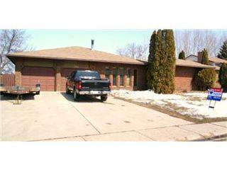 Photo 1: 524 Wilken Crescent: Warman Single Family Dwelling for sale (Saskatoon NW)  : MLS®# 386510