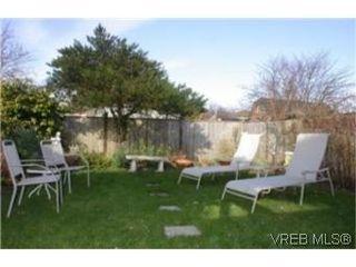 Photo 2:  in VICTORIA: Vi Jubilee Half Duplex for sale (Victoria)  : MLS®# 457901