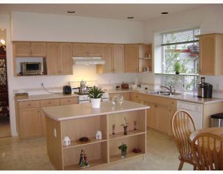 Photo 6: 3086 SANDPIPER Court in Coquitlam: Westwood Plateau House for sale : MLS®# V765758