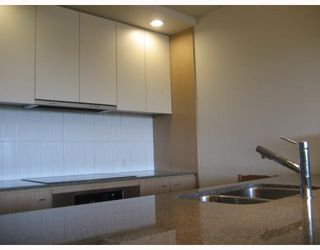 "Photo 6: 808 2851 HEATHER Street in Vancouver: Fairview VW Condo for sale in ""TAPESTRY"" (Vancouver West)  : MLS®# V770199"