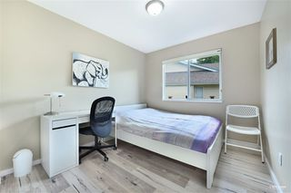 Photo 13: 15115 19A Avenue in Surrey: Sunnyside Park Surrey House for sale (South Surrey White Rock)  : MLS®# R2473595
