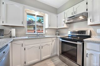 Photo 11: 15115 19A Avenue in Surrey: Sunnyside Park Surrey House for sale (South Surrey White Rock)  : MLS®# R2473595