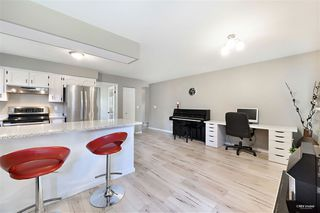 Photo 10: 15115 19A Avenue in Surrey: Sunnyside Park Surrey House for sale (South Surrey White Rock)  : MLS®# R2473595