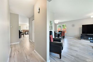 Photo 9: 15115 19A Avenue in Surrey: Sunnyside Park Surrey House for sale (South Surrey White Rock)  : MLS®# R2473595