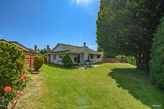 Photo 19: 15115 19A Avenue in Surrey: Sunnyside Park Surrey House for sale (South Surrey White Rock)  : MLS®# R2473595