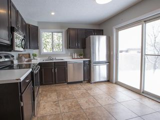Photo 14: 55 Rivercrest Circle SE in Calgary: Riverbend Detached for sale : MLS®# A1044132
