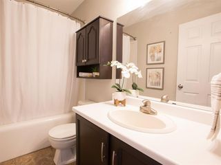 Photo 10: 55 Rivercrest Circle SE in Calgary: Riverbend Detached for sale : MLS®# A1044132