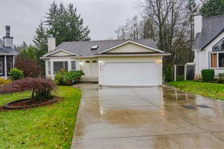 """Photo 3: 9142 212A Place in Langley: Walnut Grove House for sale in """"Walnut Grove"""" : MLS®# R2520134"""