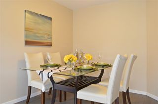 """Photo 4: 309 500 KLAHANIE Drive in Port Moody: Port Moody Centre Condo for sale in """"THE TIDES"""" : MLS®# R2521595"""