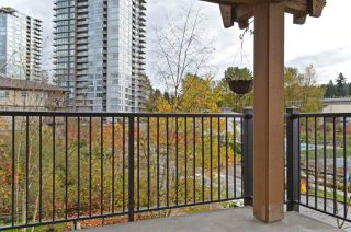 """Photo 11: 309 500 KLAHANIE Drive in Port Moody: Port Moody Centre Condo for sale in """"THE TIDES"""" : MLS®# R2521595"""