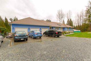 Photo 3: 12169 287 Street in Maple Ridge: Northeast House for sale : MLS®# R2526015