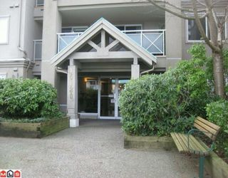 "Photo 1: 104 15130 29A Avenue in Surrey: King George Corridor Condo for sale in ""The Sands"" (South Surrey White Rock)  : MLS®# F1002019"
