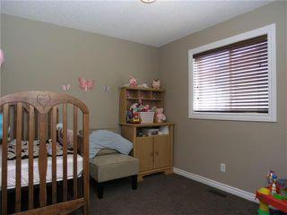 Photo 13: 90 New Brighton Circle SE in CALGARY: New Brighton Residential Detached Single Family for sale (Calgary)  : MLS®# C3420247
