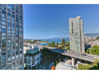"""Photo 2: 1501 907 BEACH Avenue in Vancouver: False Creek North Condo for sale in """"CORAL COURT"""" (Vancouver West)  : MLS®# V853944"""