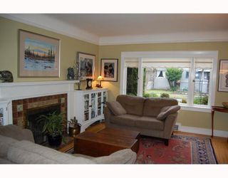 "Photo 2: 829 W 17TH Avenue in Vancouver: Cambie House for sale in ""DOUGLAS PARK"" (Vancouver West)  : MLS®# V748707"