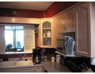 "Photo 6: 306 1318 W 6TH Avenue in Vancouver: Fairview VW Condo for sale in ""BIRCH GARDENS"" (Vancouver West)  : MLS®# V764182"
