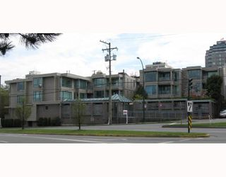 "Photo 1: 306 1318 W 6TH Avenue in Vancouver: Fairview VW Condo for sale in ""BIRCH GARDENS"" (Vancouver West)  : MLS®# V764182"