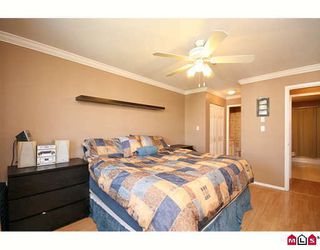 "Photo 6: 404 20189 54TH Avenue in Langley: Langley City Condo for sale in ""CATALINA GARDENS"" : MLS®# F2909266"