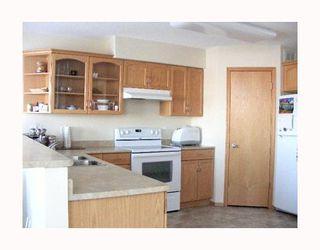 Photo 2: 756 ALDGATE Road in WINNIPEG: St Vital Residential for sale (South East Winnipeg)  : MLS®# 2911050