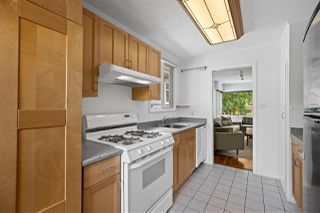 Photo 4: 5023 SHERBROOKE STREET in Vancouver: Knight House for sale (Vancouver East)  : MLS®# R2388563