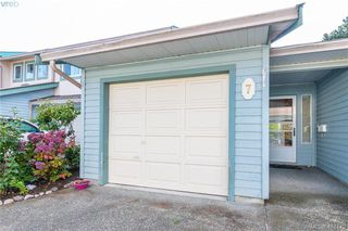 Photo 1: 7 515 Mount View Avenue in VICTORIA: Co Hatley Park Row/Townhouse for sale (Colwood)  : MLS®# 416179