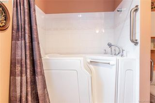 Photo 13: 7 515 Mount View Avenue in VICTORIA: Co Hatley Park Row/Townhouse for sale (Colwood)  : MLS®# 416179