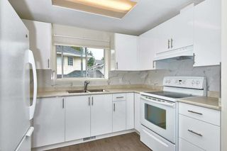 """Photo 13: 4 19240 119 Avenue in Pitt Meadows: Central Meadows Townhouse for sale in """"CENTRAL MEADOWS"""" : MLS®# R2411228"""