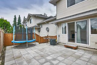 """Photo 2: 4 19240 119 Avenue in Pitt Meadows: Central Meadows Townhouse for sale in """"CENTRAL MEADOWS"""" : MLS®# R2411228"""