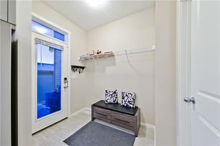 Photo 7: 133 SAVANNA ST NE in Calgary: Saddle Ridge House for sale : MLS®# C4301343