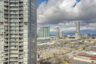 """Photo 14: 2109 9981 WHALLEY Boulevard in Surrey: Whalley Condo for sale in """"PARK PLACE 2"""" (North Surrey)  : MLS®# R2437673"""