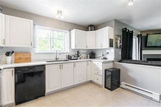 """Photo 4: 208 19953 55A Avenue in Langley: Langley City Condo for sale in """"Bayside Court"""" : MLS®# R2461204"""